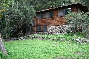vacation cabins along holy jim