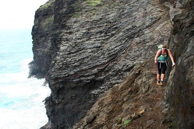 kalalau_trail_cliff