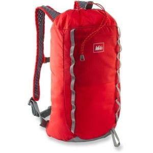 rei_flash_18_backpack